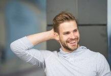 Dezodoranty czy antyperspiranty – jak chronić się w stresujących sytuacjach